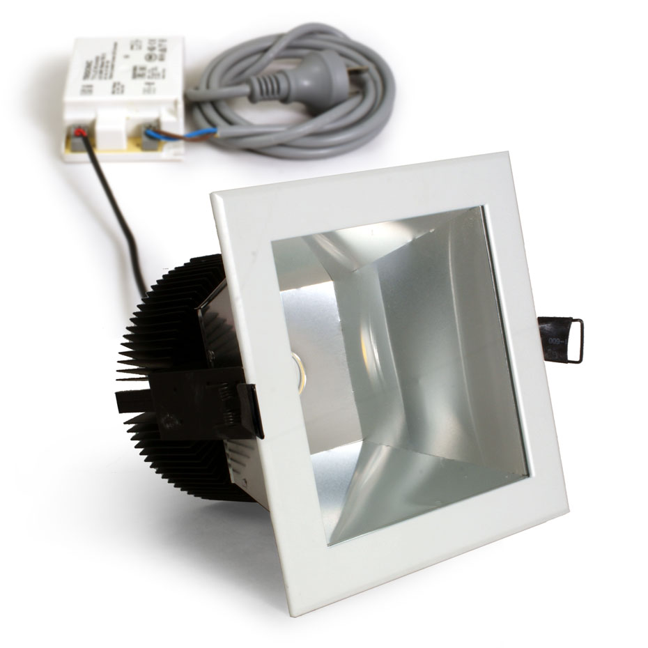 Heli Led 28w Square Downlight Famco